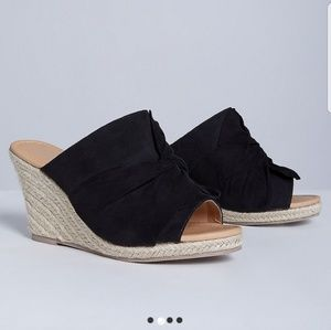 Lane Bryant knotted faux suede wedges